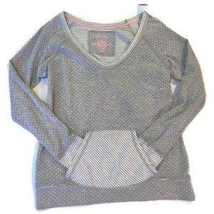 Maurices Gray Polka Dot Casual Long Sleeve Top